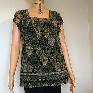 apt 9 green print lined blouse see-through sleeves